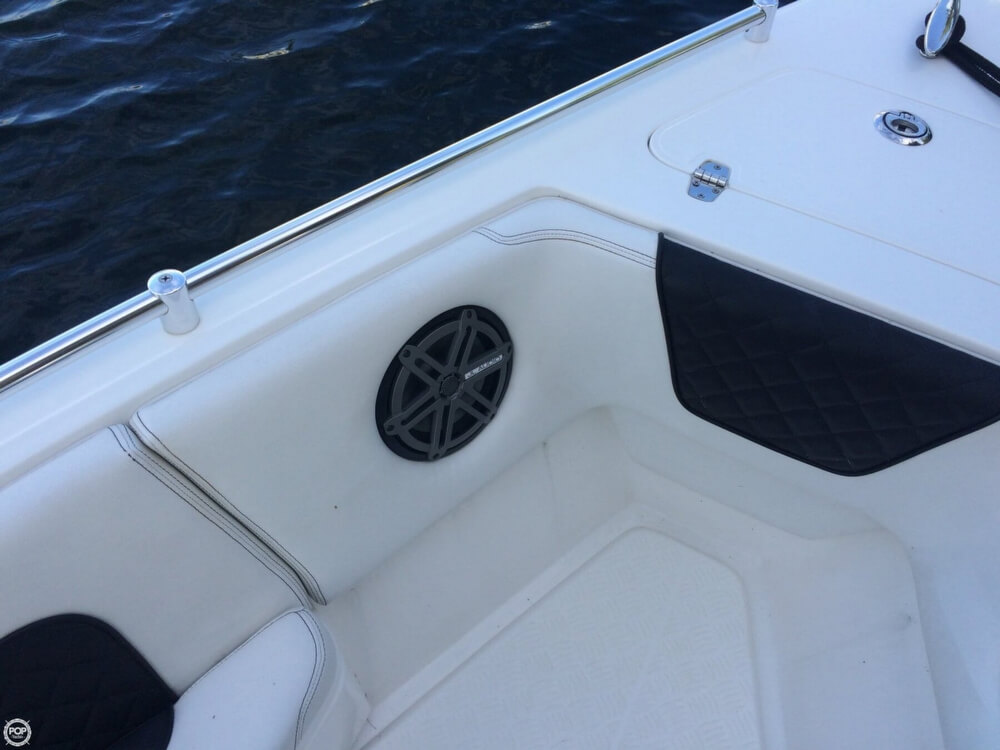 2014 Latitude boat for sale, model of the boat is 28 SS & Image # 21 of 40