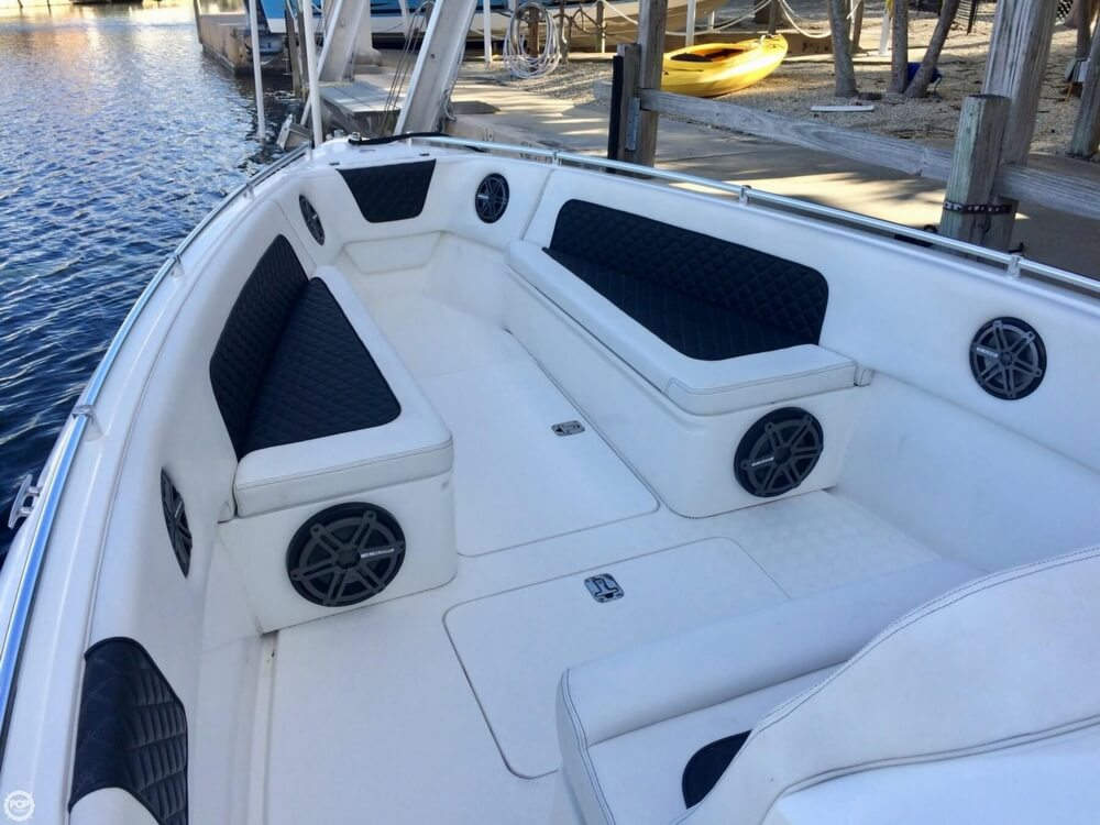2014 Latitude boat for sale, model of the boat is 28 SS & Image # 23 of 40
