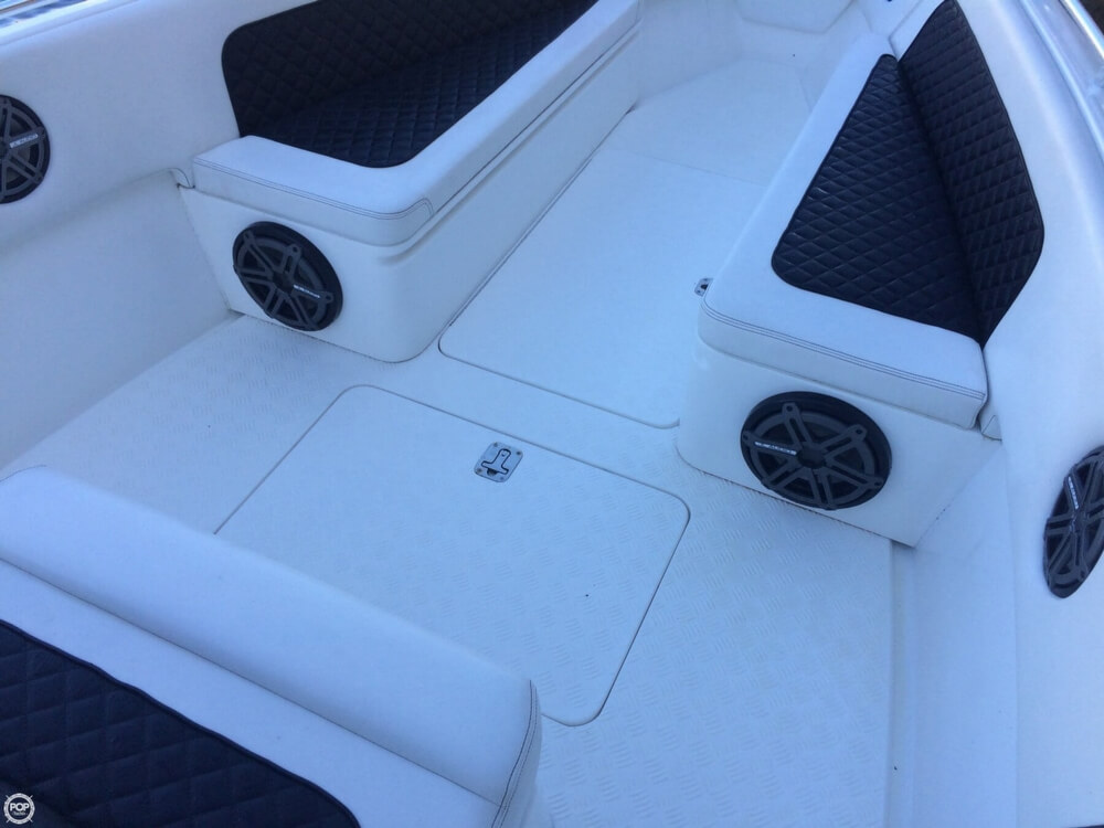 2014 Latitude boat for sale, model of the boat is 28 SS & Image # 39 of 40