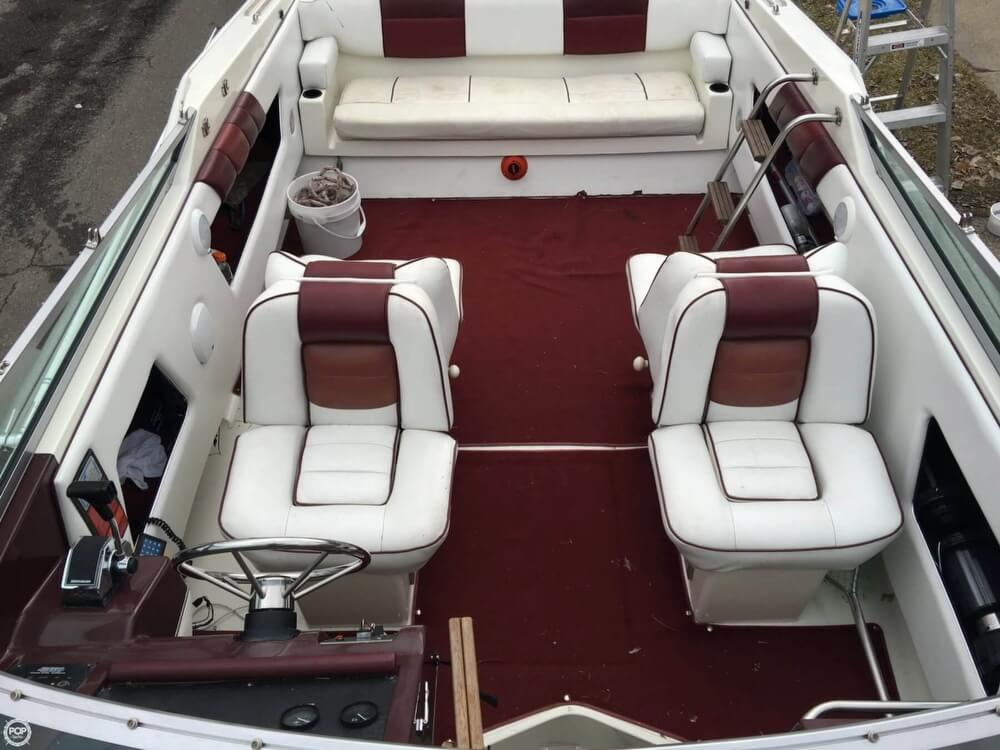 1989 Sea Ray boat for sale, model of the boat is 260 CC & Image # 6 of 40