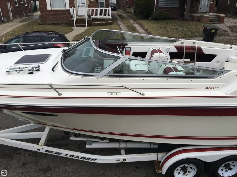 1989 Sea Ray boat for sale, model of the boat is 260 CC & Image # 25 of 40