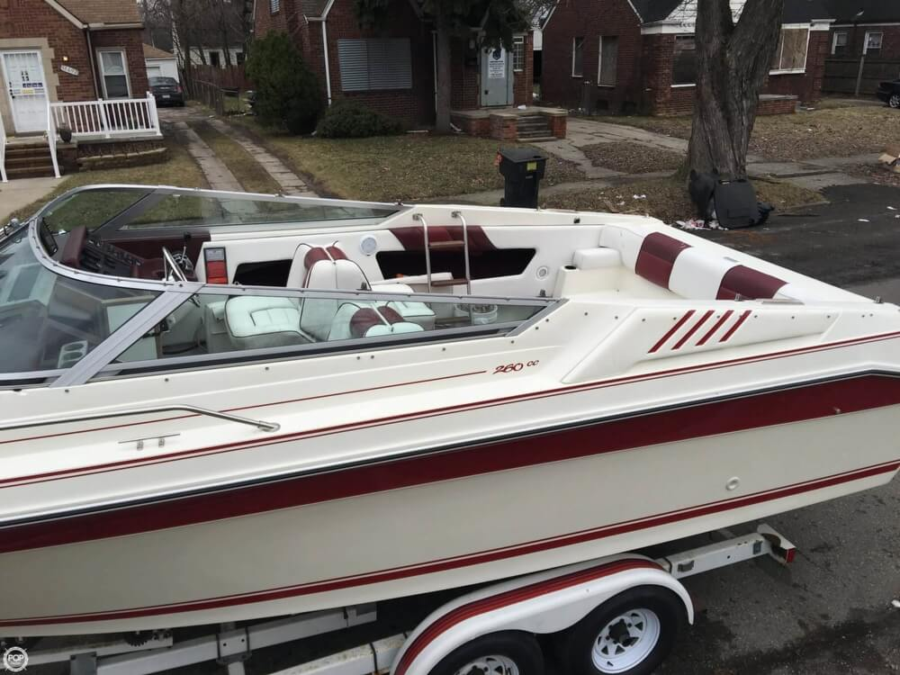1989 Sea Ray boat for sale, model of the boat is 260 CC & Image # 26 of 40