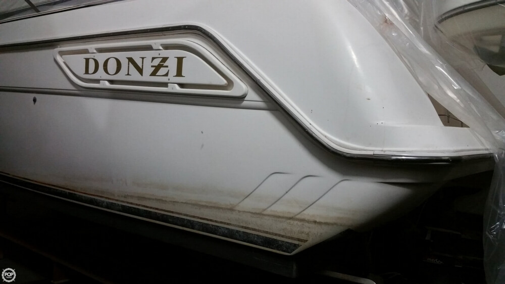 1997 Donzi boat for sale, model of the boat is 3250LXC & Image # 5 of 40
