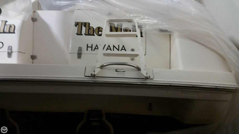 1997 Donzi boat for sale, model of the boat is 3250LXC & Image # 9 of 40