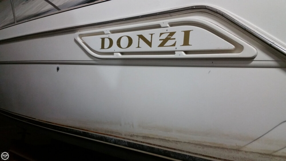 1997 Donzi boat for sale, model of the boat is 3250LXC & Image # 18 of 40