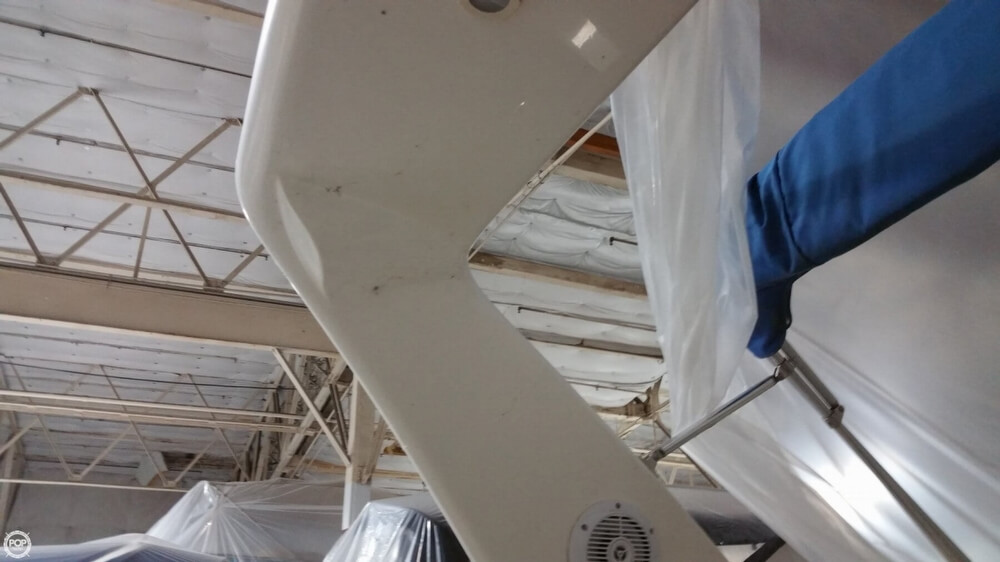 1997 Donzi boat for sale, model of the boat is 3250LXC & Image # 38 of 40