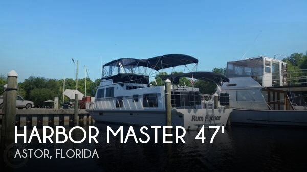 Used Houseboats For Sale in Florida by owner | 1985 Harbor Master 47