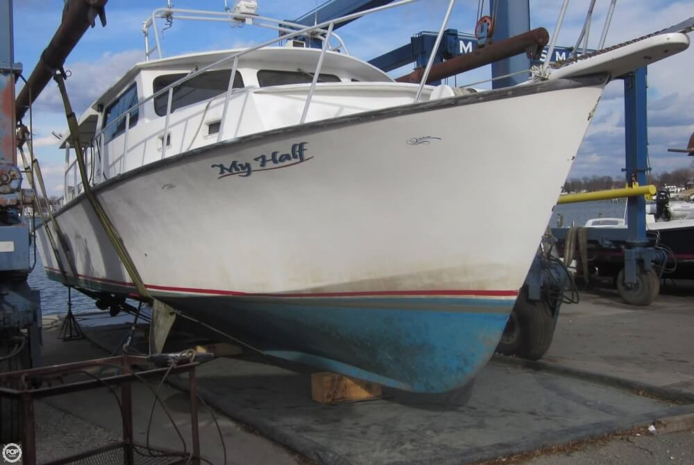 2001 Chesapeake boat for sale, model of the boat is 48 & Image # 9 of 40