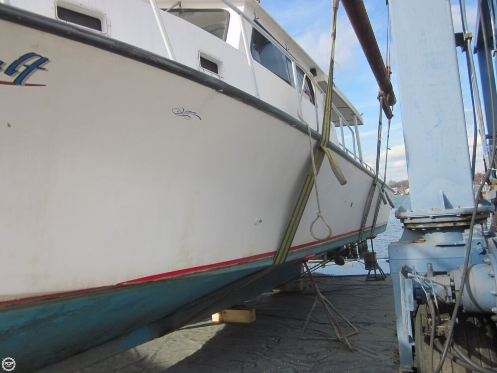 2001 Chesapeake boat for sale, model of the boat is 48 & Image # 13 of 40