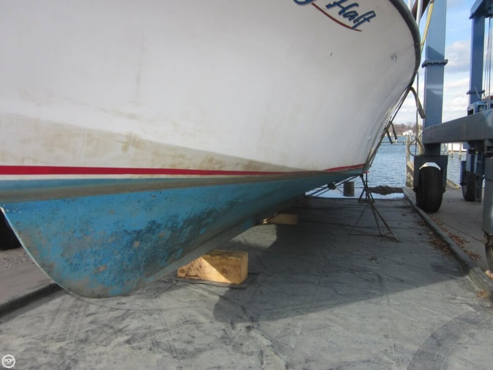 2001 Chesapeake boat for sale, model of the boat is 48 & Image # 14 of 40