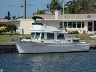 Overseas Yachts 33, 33', for sale - $34,000