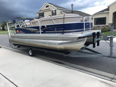 Sun Tracker Party Barge 20 DLX, 21', for sale - $21,000
