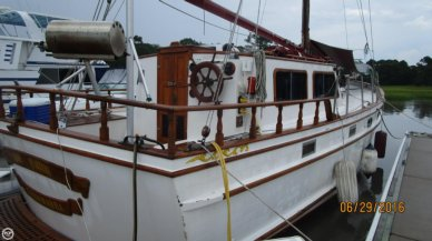 Island Trader 39, 39', for sale - $27,500