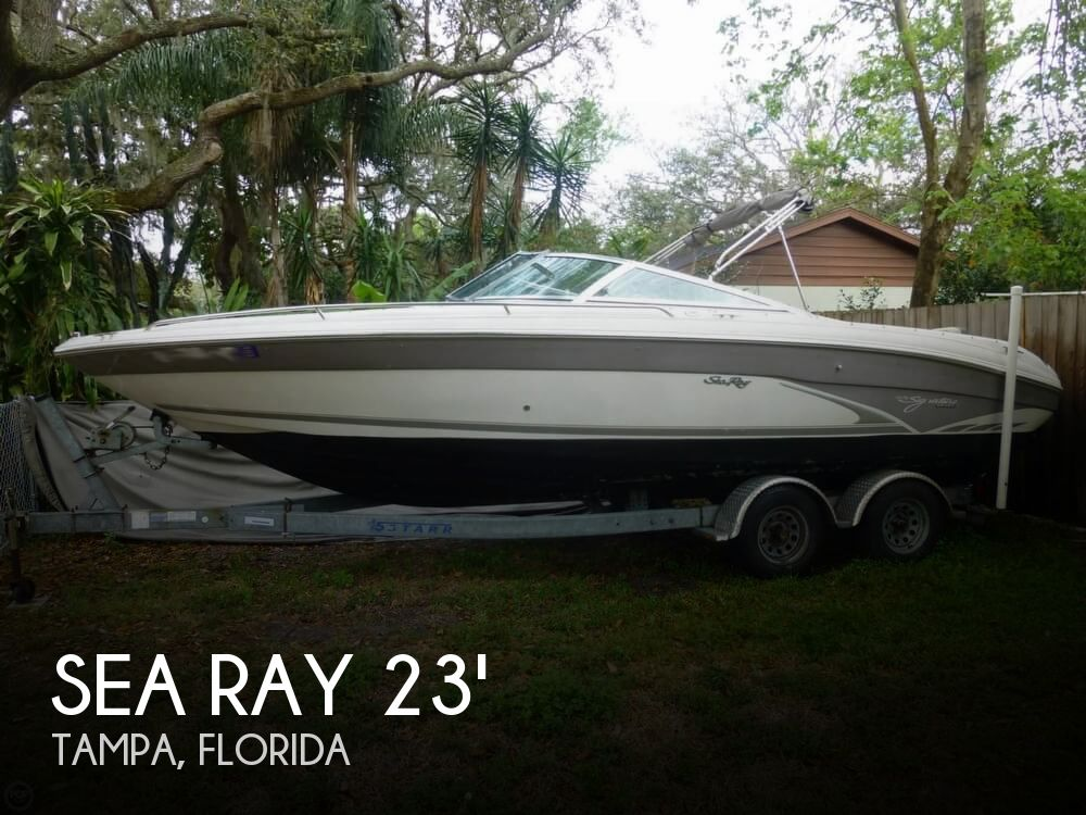 1997 Sea Ray 230 BR Signature
