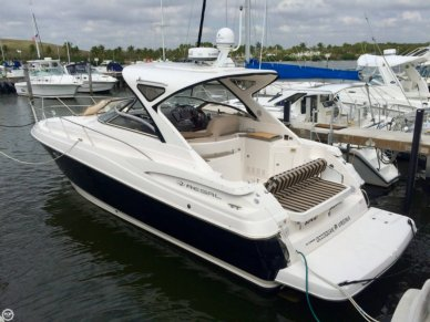 Regal 38 Express, 38', for sale - $189,500