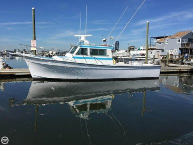 Henriques 35 Maine Coaster with Split Wheelhouse, 35', for sale - $195,000