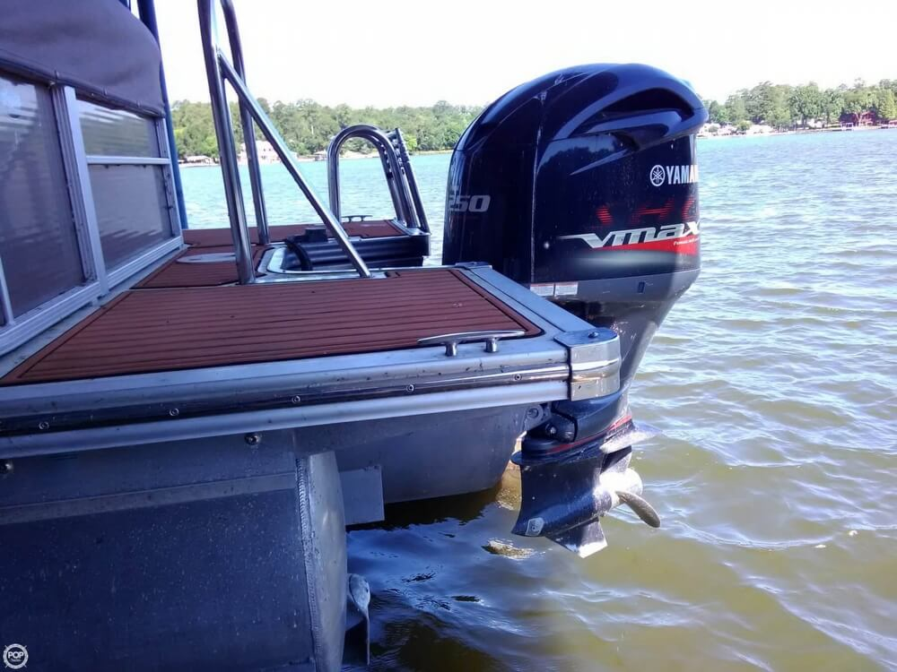 2013 Manitou boat for sale, model of the boat is MB 25 SHP & Image # 11 of 40