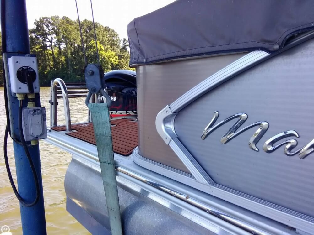 2013 Manitou boat for sale, model of the boat is MB 25 SHP & Image # 32 of 40