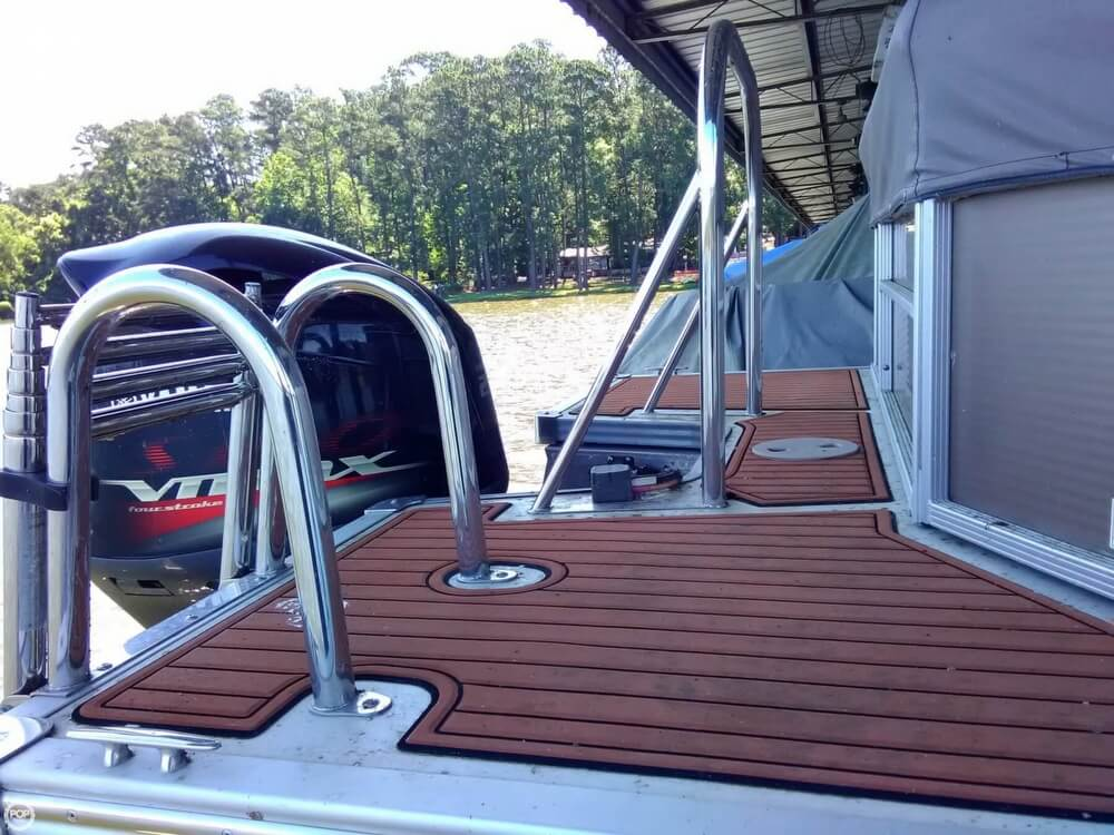 2013 Manitou boat for sale, model of the boat is MB 25 SHP & Image # 22 of 40