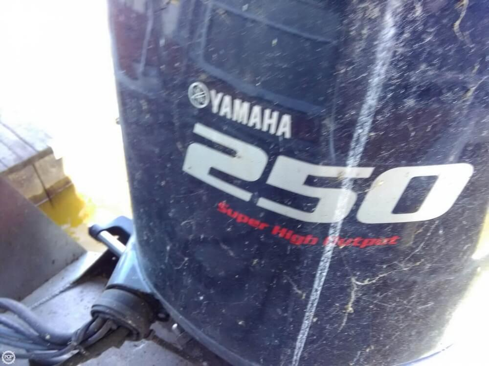 2013 Manitou boat for sale, model of the boat is MB 25 SHP & Image # 36 of 40