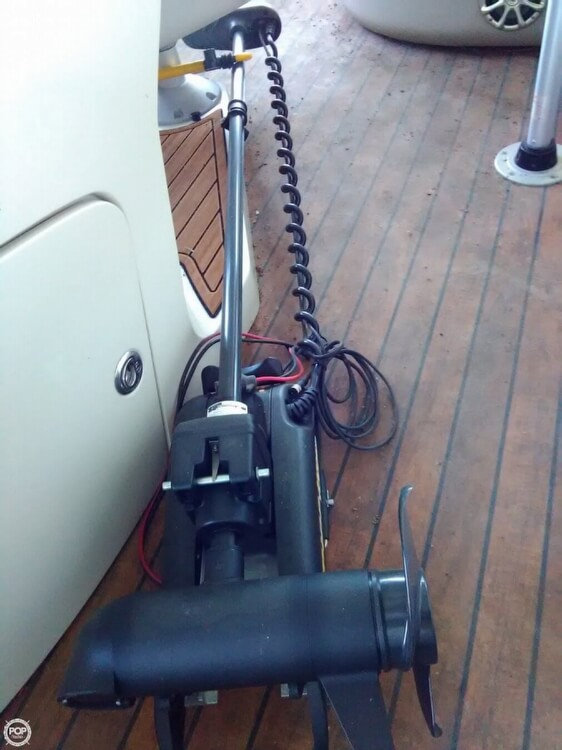 2013 Manitou boat for sale, model of the boat is MB 25 SHP & Image # 21 of 40
