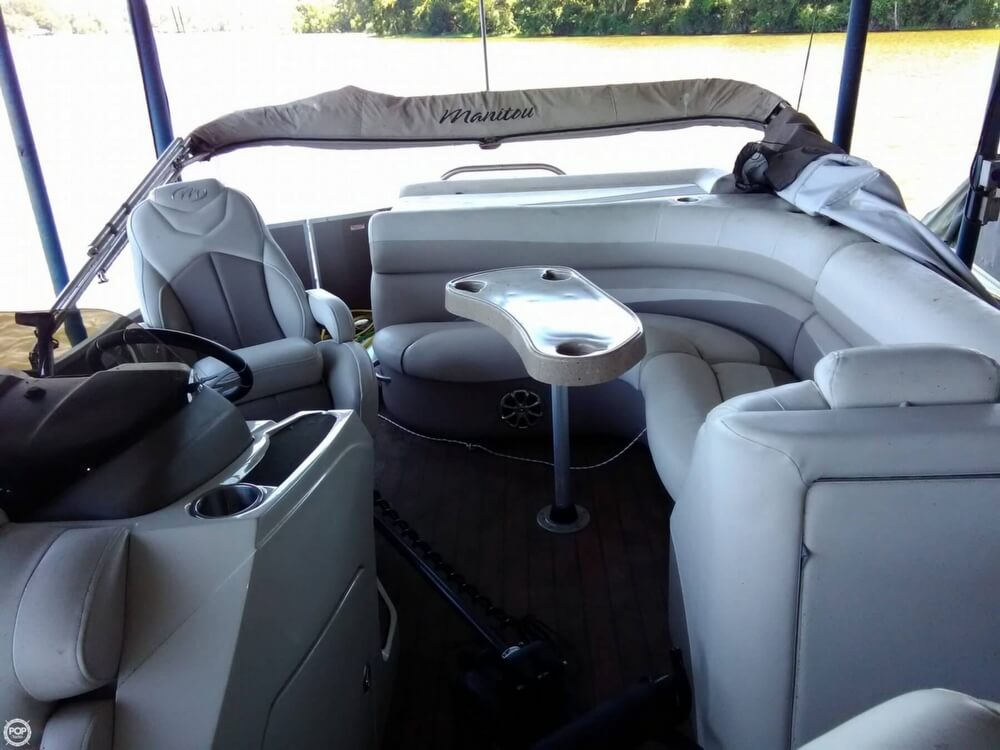 2013 Manitou boat for sale, model of the boat is MB 25 SHP & Image # 4 of 40