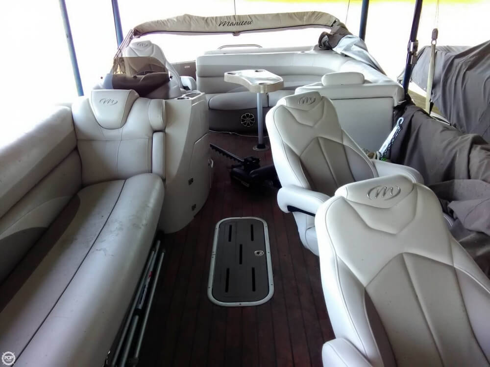 2013 Manitou boat for sale, model of the boat is MB 25 SHP & Image # 3 of 40