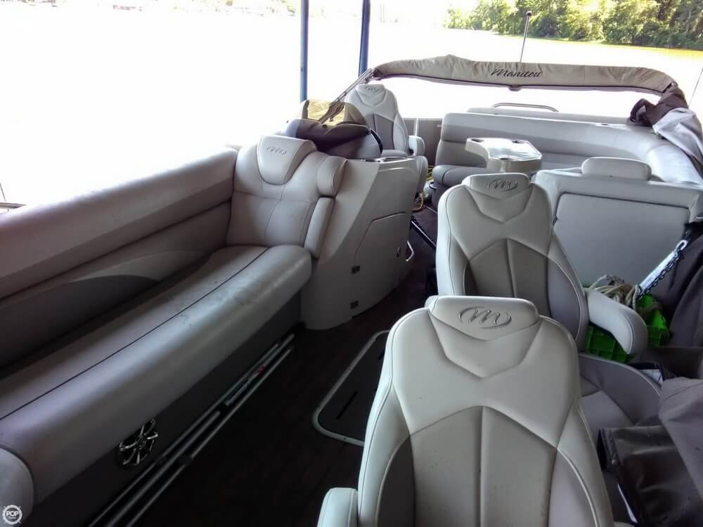 2013 Manitou boat for sale, model of the boat is MB 25 SHP & Image # 5 of 40