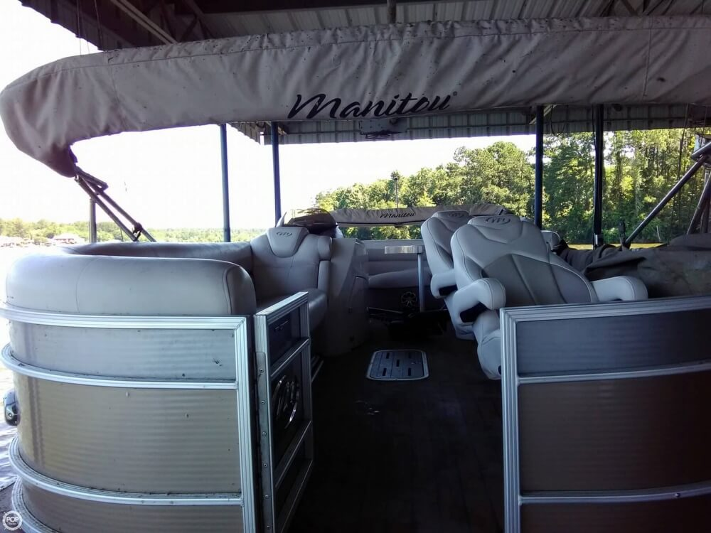2013 Manitou boat for sale, model of the boat is MB 25 SHP & Image # 24 of 40