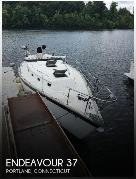 Used Endeavour Boats For Sale by owner   1981 Endeavour 37