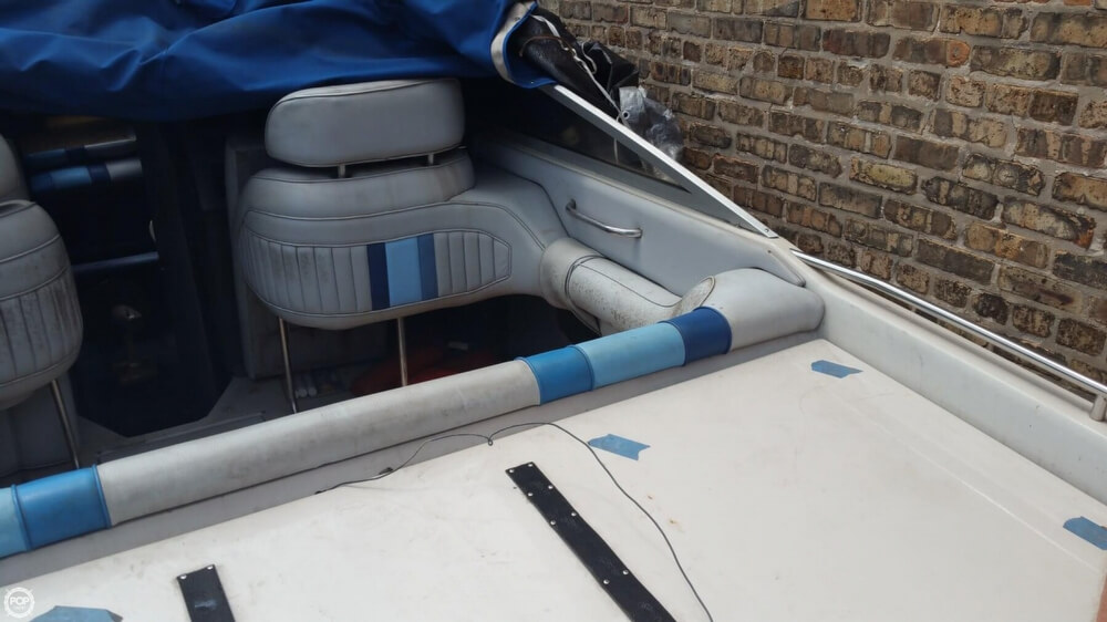 1987 Sea Ray boat for sale, model of the boat is Pachanga 32 & Image # 10 of 40