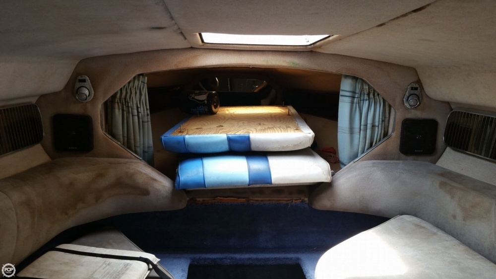 1987 Sea Ray boat for sale, model of the boat is Pachanga 32 & Image # 26 of 40