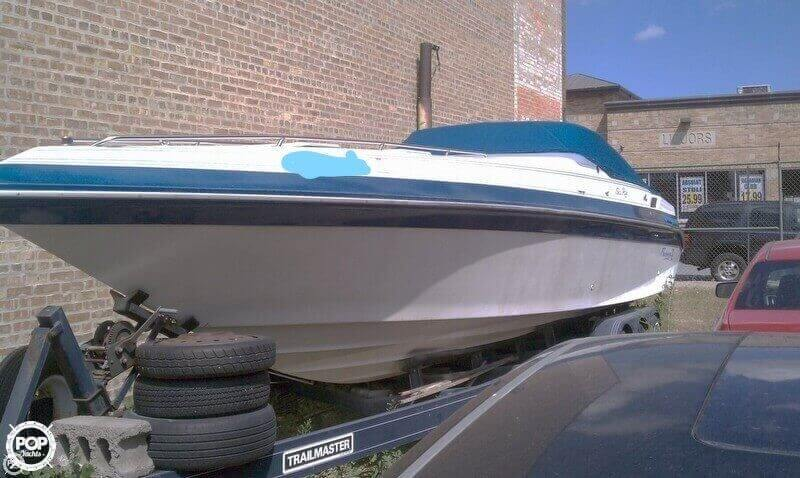 1987 Sea Ray boat for sale, model of the boat is Pachanga 32 & Image # 2 of 40
