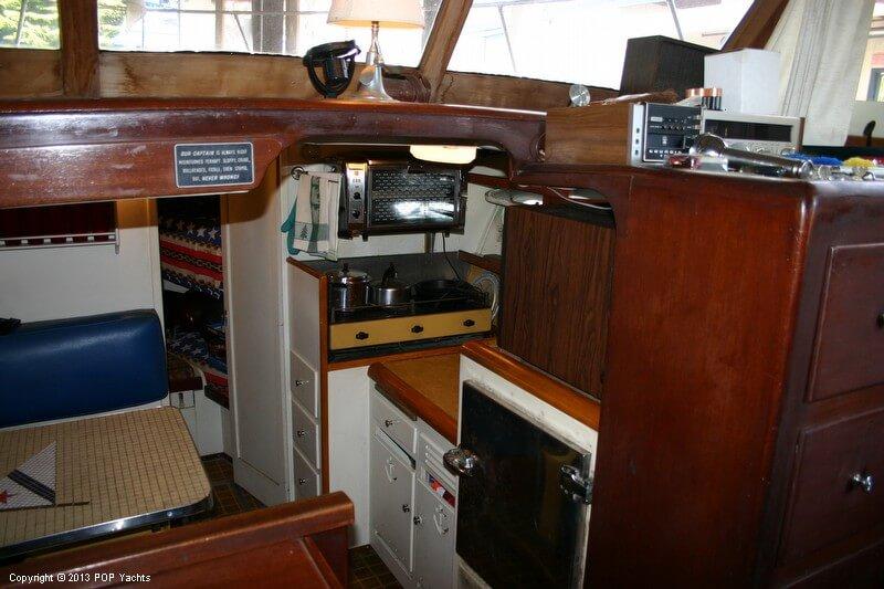 1949 Chris-Craft 46 Double Cabin Flybridge - Photo #35