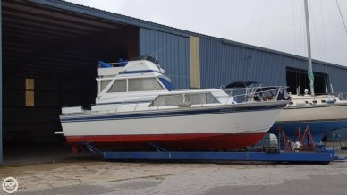Marinette 32, 32', for sale - $14,250