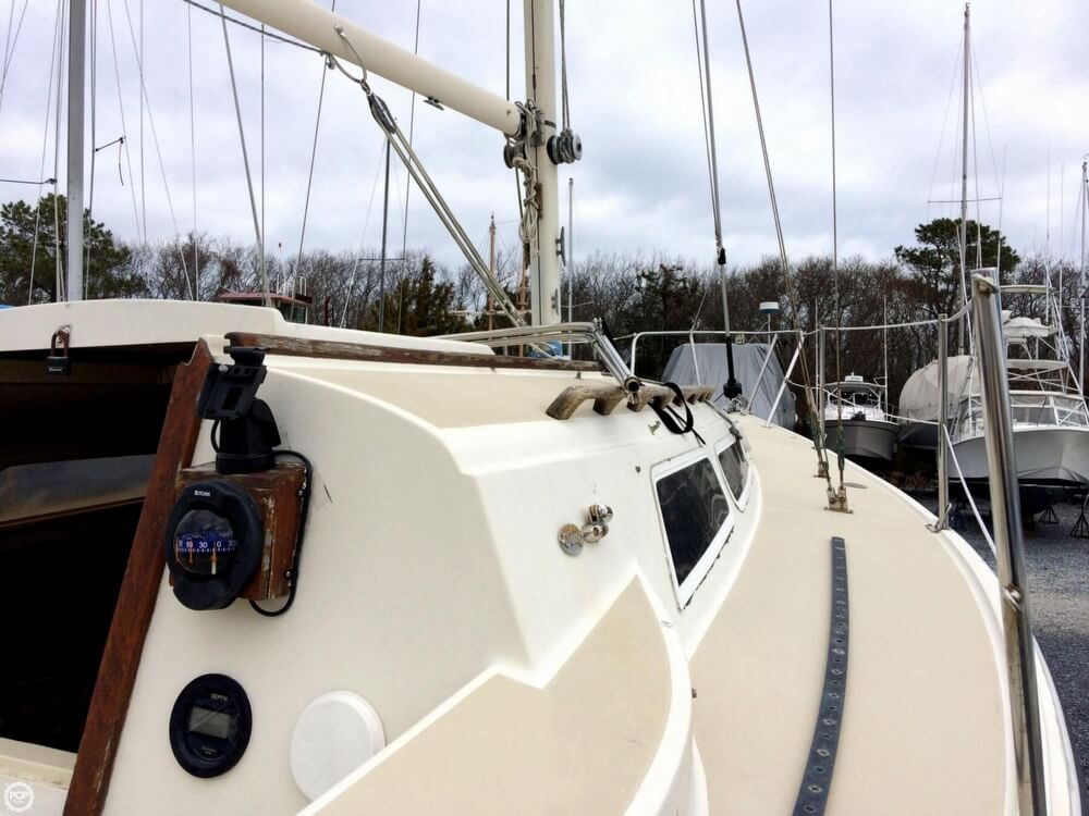 1980 O'day boat for sale, model of the boat is 28 & Image # 15 of 40