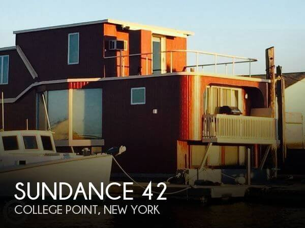 Used Houseboats For Sale in New York by owner | 1983 Sundance 42