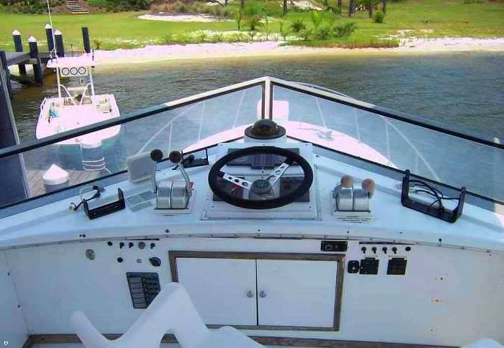 1985 Magnum Marine 380 Flybridge SF - Photo #13