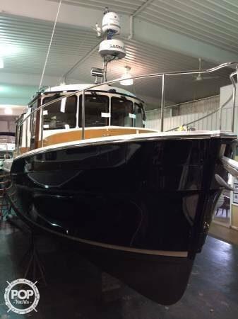 2015 Ranger Tugs 31 - image 17