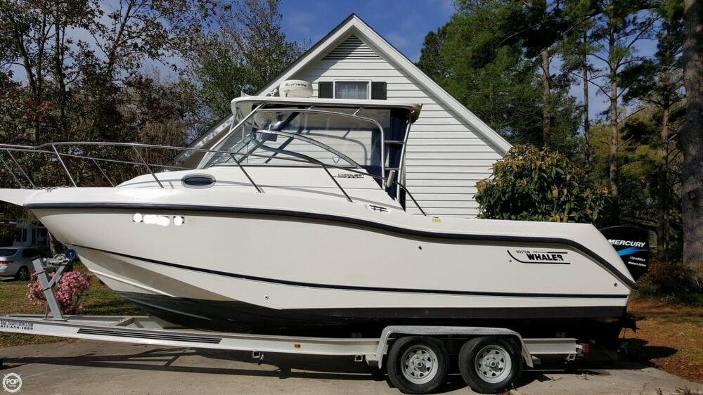 Used 2003 Boston Whaler Conquest 255 For Sale