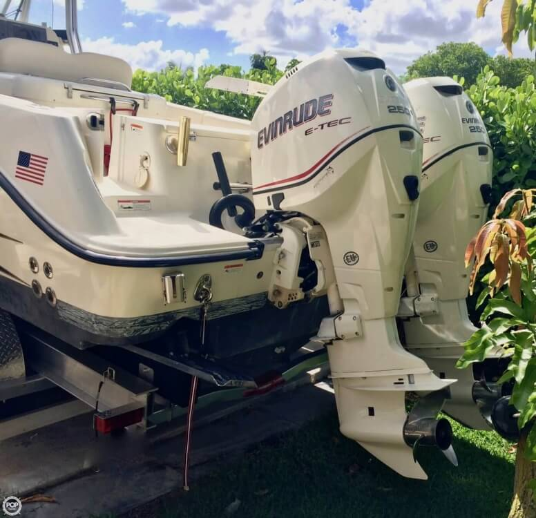 2006 Hydra-Sports boat for sale, model of the boat is 2900 CC Vector & Image # 2 of 40