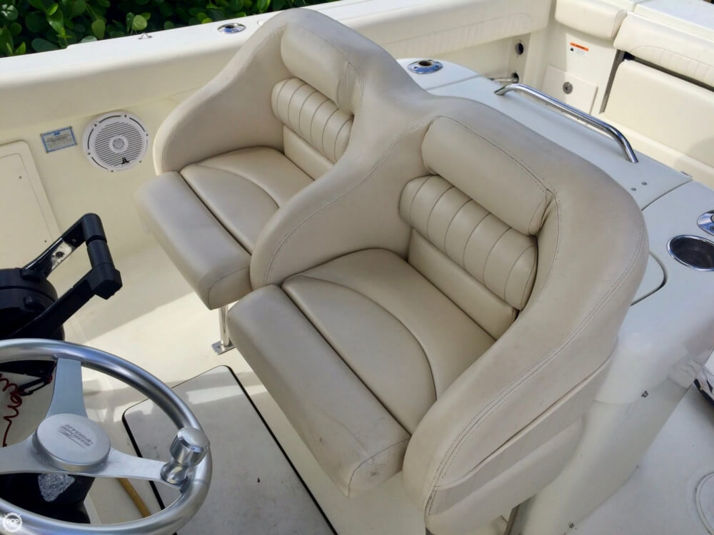 2006 Hydra-Sports boat for sale, model of the boat is 2900 CC Vector & Image # 13 of 40