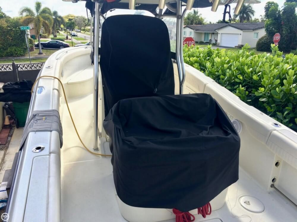 2006 Hydra-Sports boat for sale, model of the boat is 2900 CC Vector & Image # 17 of 40