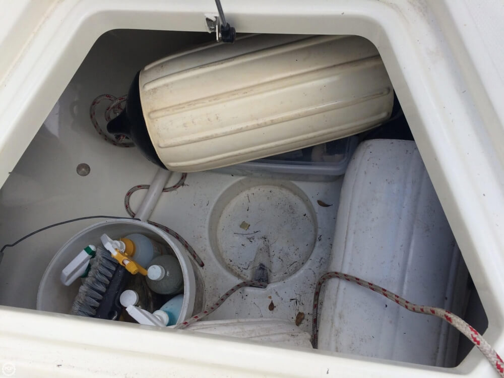 2006 Hydra-Sports boat for sale, model of the boat is 2900 CC Vector & Image # 31 of 40