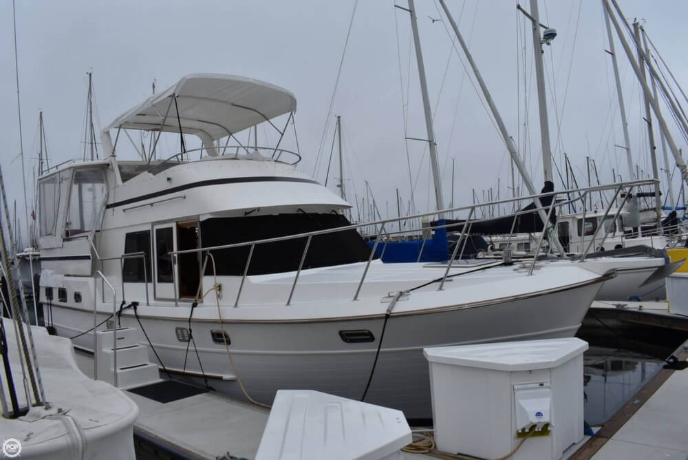 1999 Heritage boat for sale, model of the boat is East 36 Sundeck & Image # 4 of 40