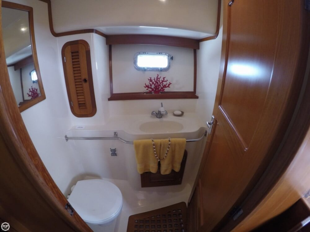 1999 Heritage boat for sale, model of the boat is East 36 Sundeck & Image # 20 of 40