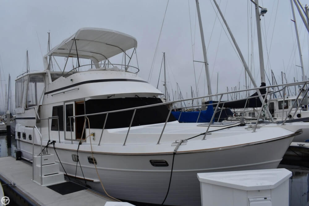 1999 Heritage boat for sale, model of the boat is East 36 Sundeck & Image # 33 of 40