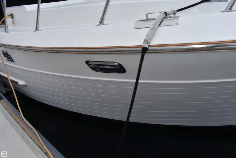 1999 Heritage boat for sale, model of the boat is East 36 Sundeck & Image # 37 of 40