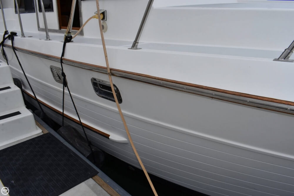 1999 Heritage boat for sale, model of the boat is East 36 Sundeck & Image # 38 of 40