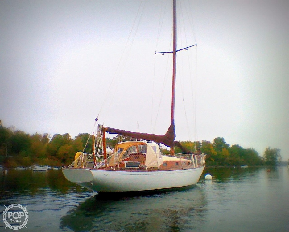1950 Hinckley boat for sale, model of the boat is SOU'WESTER 34 & Image # 4 of 40